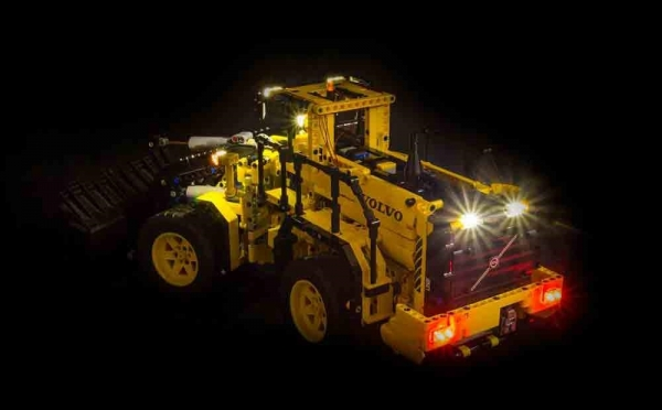 illuminate your bricks volvo l350f radlader volvo. Black Bedroom Furniture Sets. Home Design Ideas